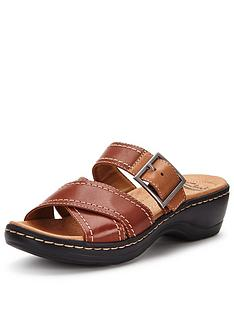 clarks-hayla-hum-sandals