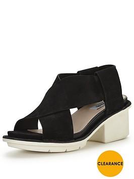 clarks-hexton-gala-sandal