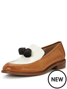 clarks-taylor-spring-leather-loafer-shoe