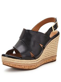 clarks-amelia-dally-sandal
