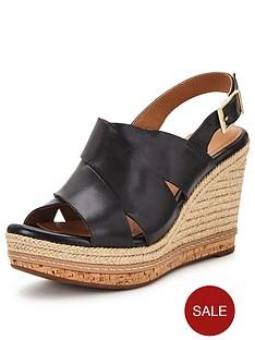 clarks-amelia-dally-sandal
