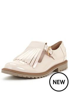 clarks-clarks-griffin-mia-tassle-brogue-shoe