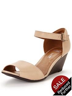 clarks-brielle-drive-sandal
