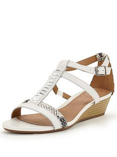 clarks-playful-fox-sandals