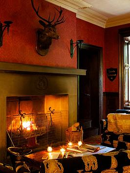 virgin-experience-days-one-night-break-with-dinner-for-two-at-tulloch-castle-northern-scotlandnbsp