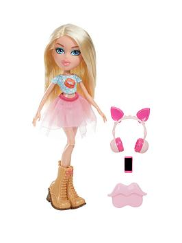 bratz-remix-doll--cloe