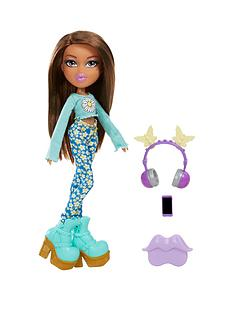bratz-remix-doll--yasmin
