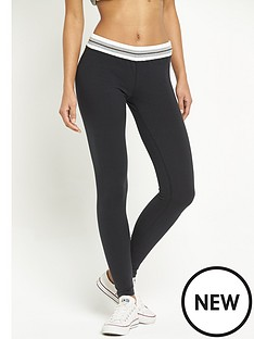 converse-core-plus-legging