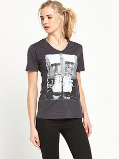converse-photo-chuck-boyfriend-fit-t-shirt