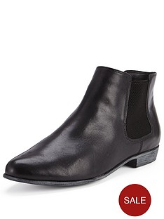 clarks-lolly-dawson-ankle-boot