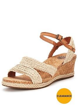 ugg-uggreg-australia-luann-wedged-sandal