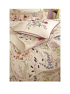 va-blythe-meadow-square-cushion