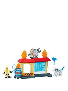 transformers-rescue-bots-rescue-bots-griffin-rock-garage