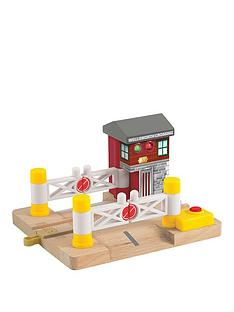 thomas-friends-thomas-amp-friends-wooden-railwaytrade-deluxe-railroad-crossing