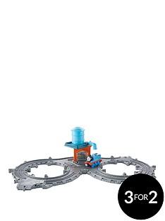 thomas-friends-thomas-amp-friends-take-n-playtrade-thomas-at-the-water-tower