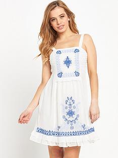 miss-selfridge-petite-embroidered-sundressnbsp