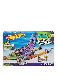 hot-wheels-hot-wheels-split-speeders-blade-raid-track-set