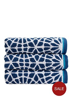 christy-alhambra-bath-towel