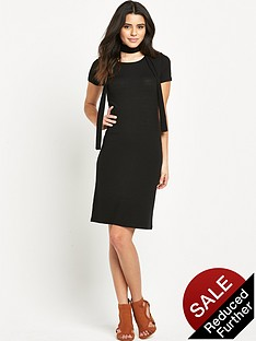 glamorous-short-sleeved-ribbed-midi-dress