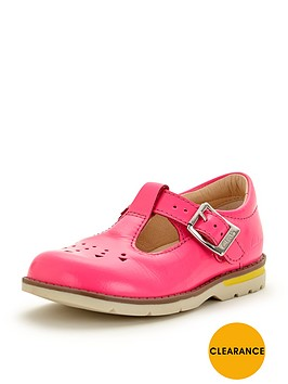 clarks-girls-dabinbspleila-first-shoes