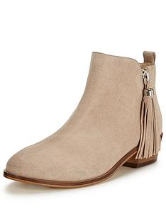 miss-selfridge-tasselnbsptrim-ankle-boot