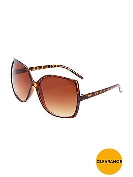 myleene-klass-oversized-fashion-sunglasses