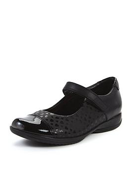clarks-girls-friend-play-strap-shoes