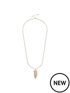 oasis-feather-pendant