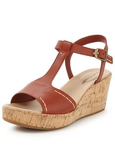 hush-puppies-blakley-durante-t-bar-wedge-sandal