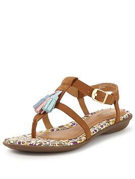 hush-puppies-jeri-nishi-flat-sandal