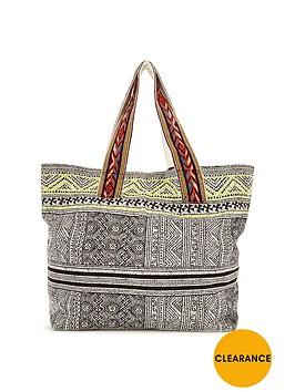 glamorous-beach-bag