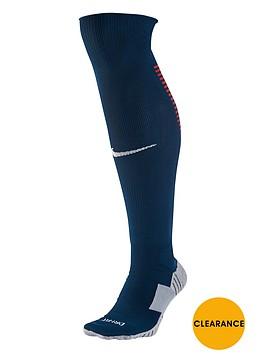 nike-youth-portugal-2016-socks