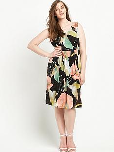 lovedrobe-curve-printed-skater-dress-sizes-14-26