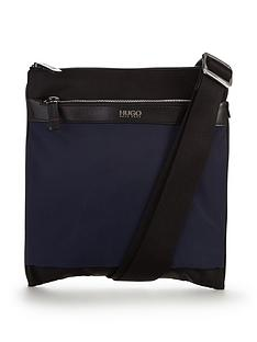 hugo-boss-contrast-pouch