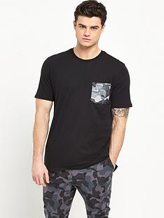 nike-nike-drop-hem-pocket-t-shirt