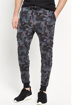 nike-camo-tech-fleece-jogger