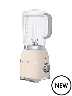 smeg-blf01-blender-cream