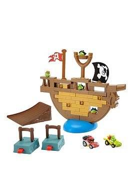 angry-birds-jenga-pirate-pig-attack