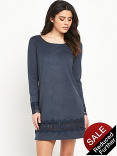 vila-drawn-long-sleeve-dress