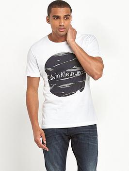 calvin-klein-topo-logo-t-shirt