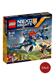 lego-nexo-knights-aaron-fox039s-aero-striker-v2