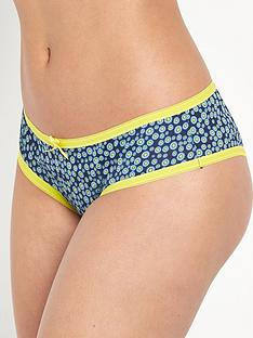 curvy-kate-curvy-kate-daily-dream-brief