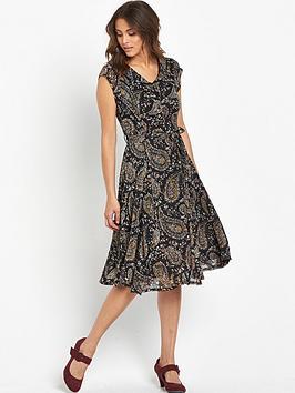 joe-browns-tea-for-two-dress