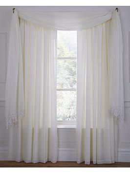 wisteria-scarf-valance