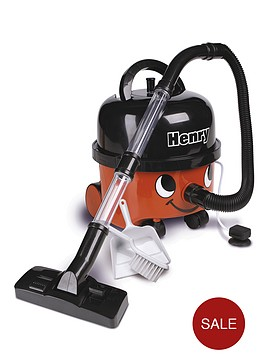 henry-toy-vacuum-cleaner