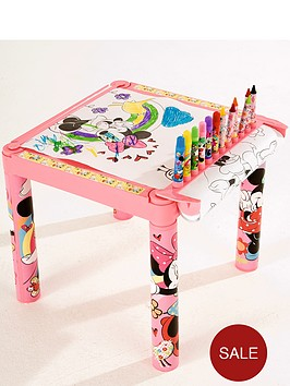 disney-minnie-mouse-colouring-table