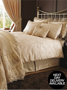 patience-bedding-range
