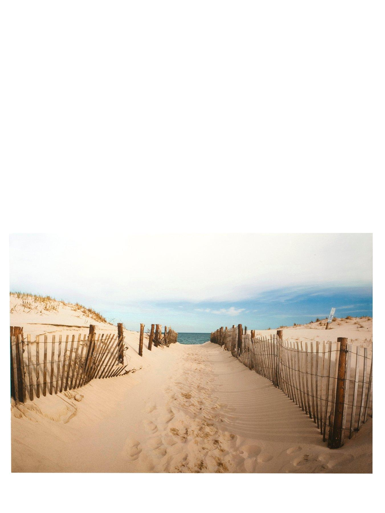 Walk To The Beach Canvas