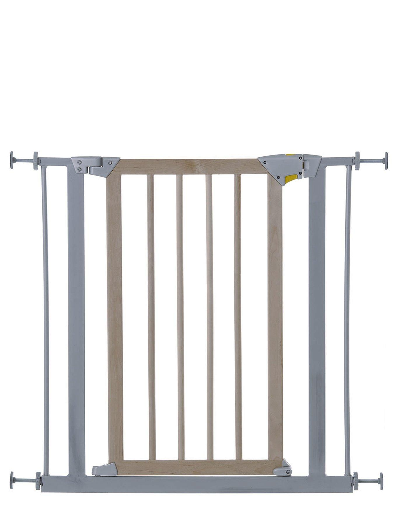 Delux Wood and Metal Safety Baby Gate