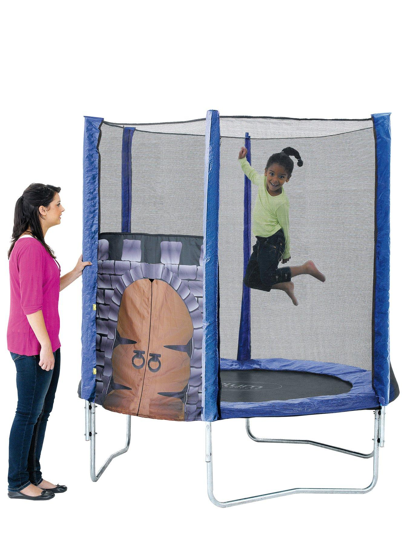 King's Fortress 6 ft Trampoline and Enclosure